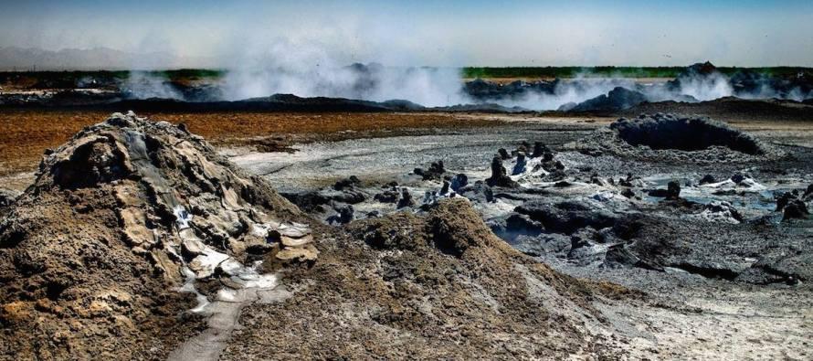 Salton Sea Mudpot Fields Bubbling Over – Video