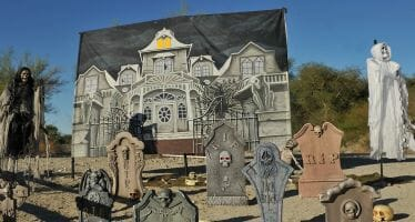 THE LIVING DESERT'S MOST SPOOKTACULAR WEEKEND OF THE YEAR IS BACK