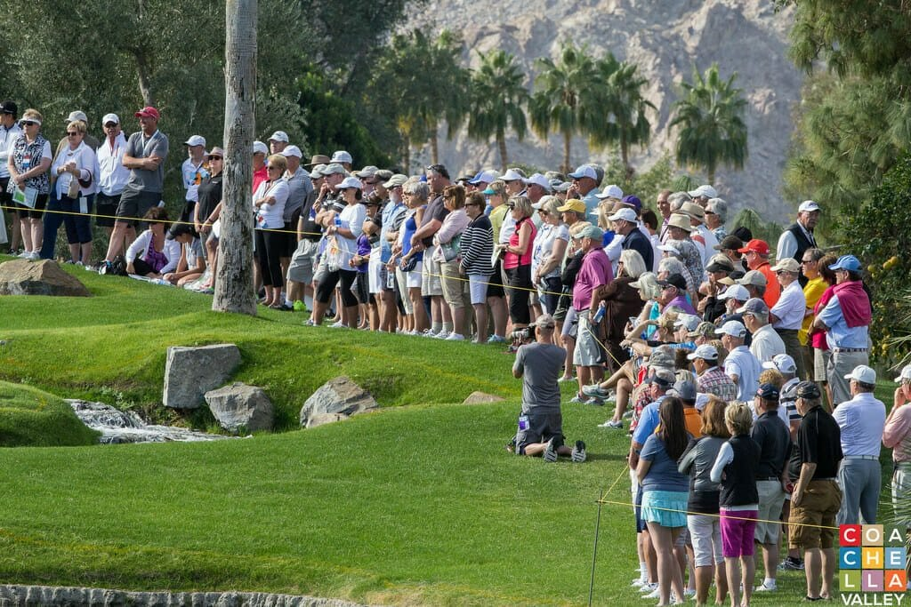Crowd Looks on 1st Round of the Humana Challenge 15'