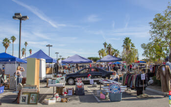 Palm Springs Vintage Market…..Vintage with a View!