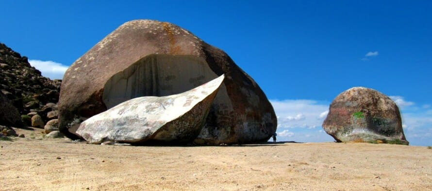 Do You Know The History Of The Giant Rock In Landers