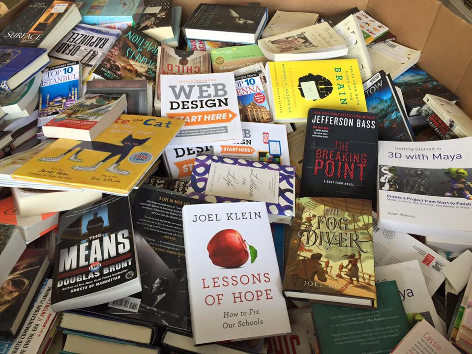 Desertoutlets.com receives thousands of books keeping their inventory fresh and new every time you visit!