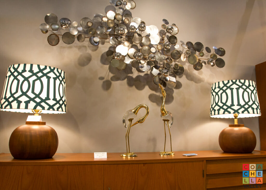 Serious collectors, mid-century modern enthusiasts, and antique aficionados will gather at this years Show & Sale