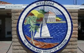 26 Miles Across the Sea Santa Catalina is Waitin' for YOU!
