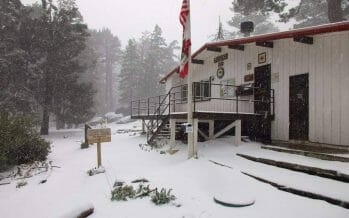 #SNOWING – It's snowing, not typical for the end of May, Palm Springs Aerial Tramway