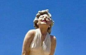 "Palm Springs, California: Giant Marilyn Monroe Statue ""Forever Marilyn"" is returning… in 2020?"