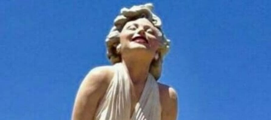 "Palm Springs, California: Giant Marilyn Monroe Statue ""Forever Marilyn"" is returning… in 2020?"
